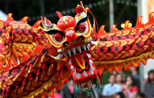 дракон с Китайского Нового года