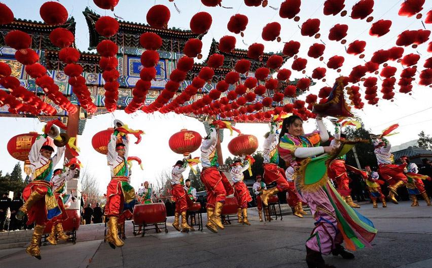 развлечение на КИтайский Новый год в Китае