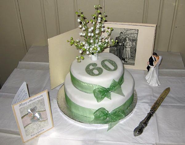 торт на бриллиантовой свадьбе