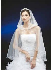 венчальная накидка с капюшоном