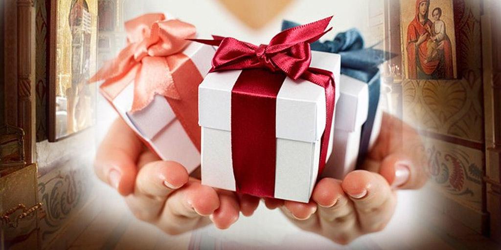 подарок молодоженам на венчание