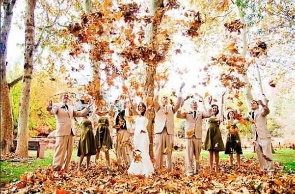 что одеть на свадьбу осенью