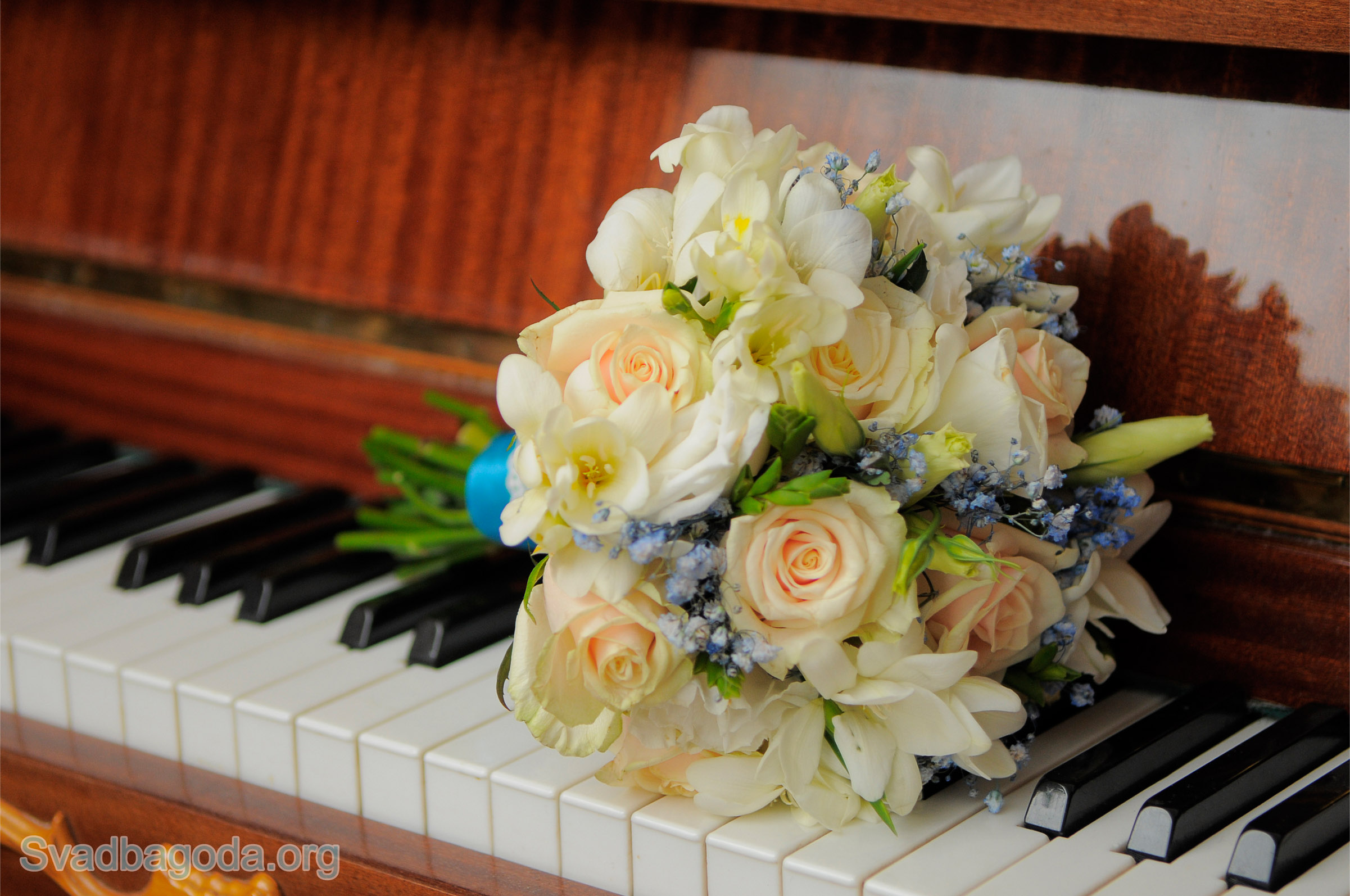 букет невесты пастельного оттенка