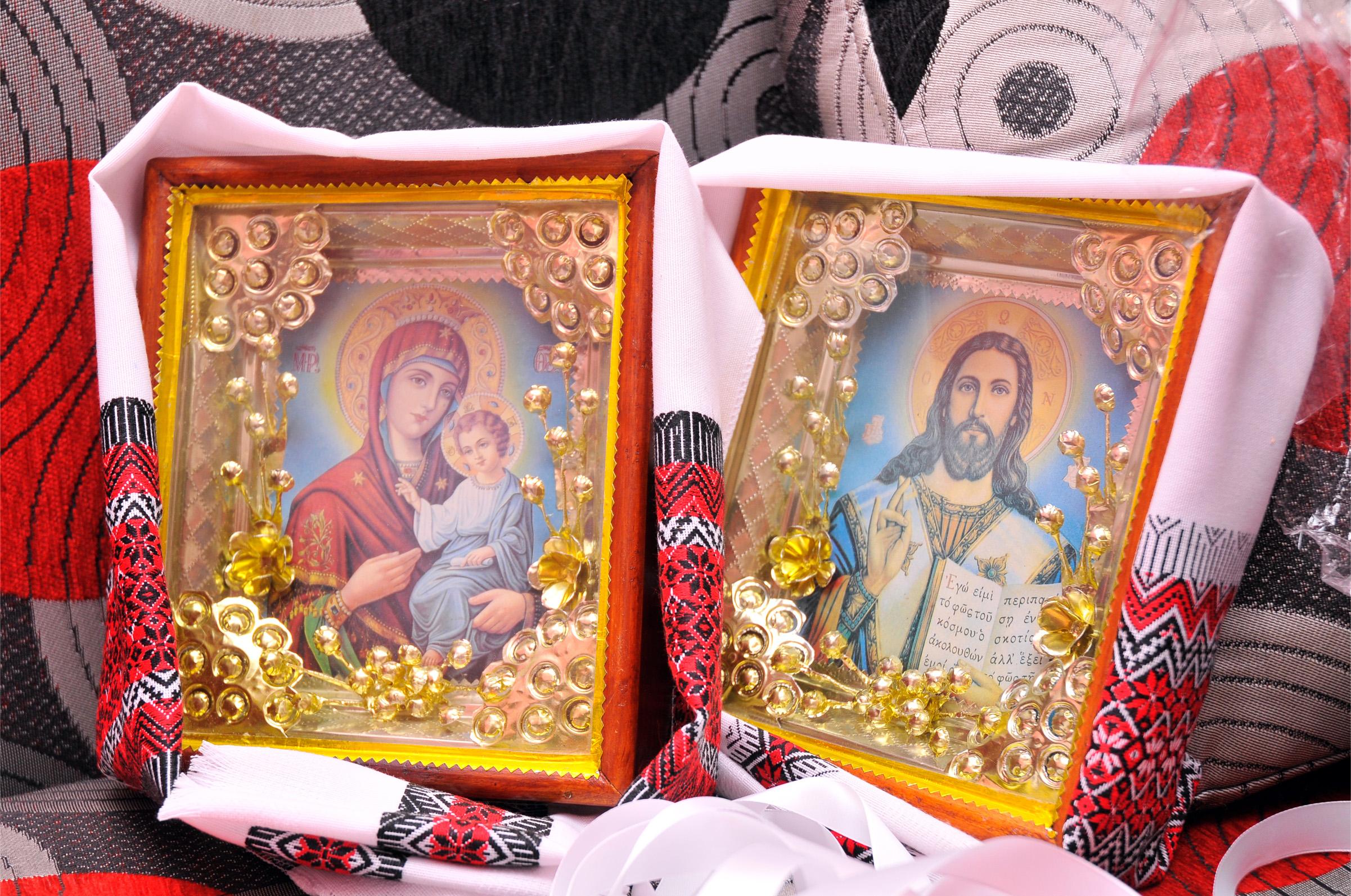 венчальные иконы с рушниками