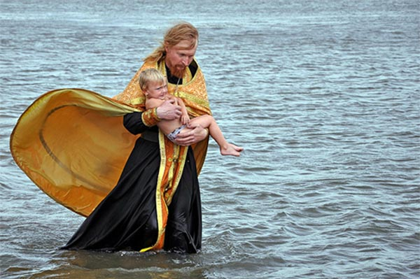 крещения ребенка во время поста