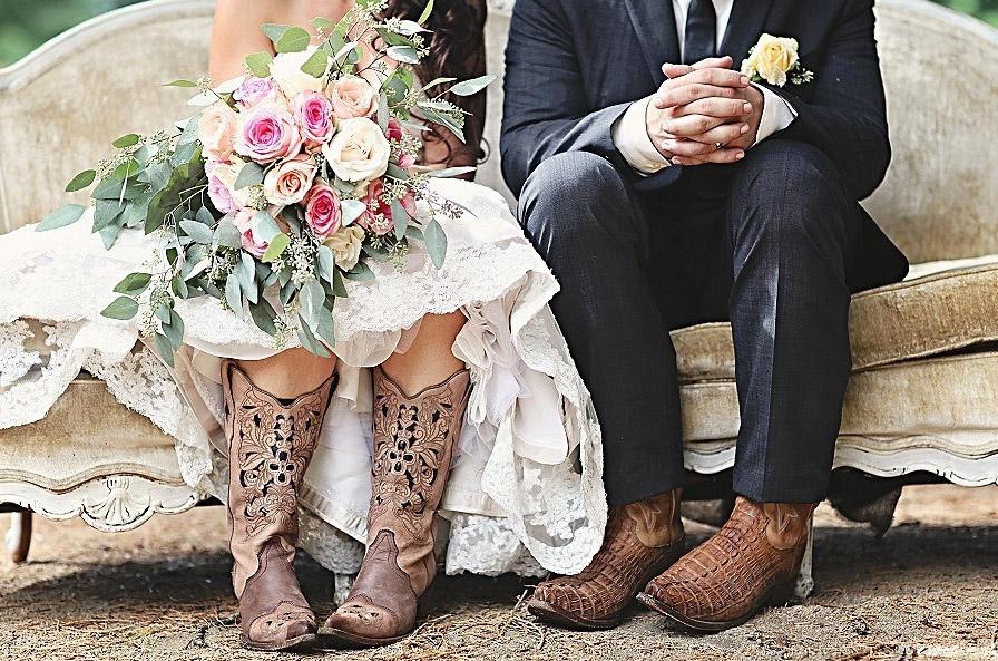 образ кожаной свадьбы