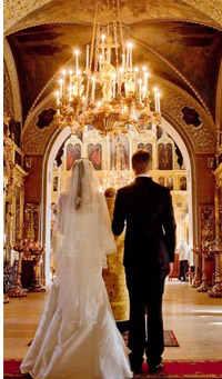 невеста в церкве не венчание