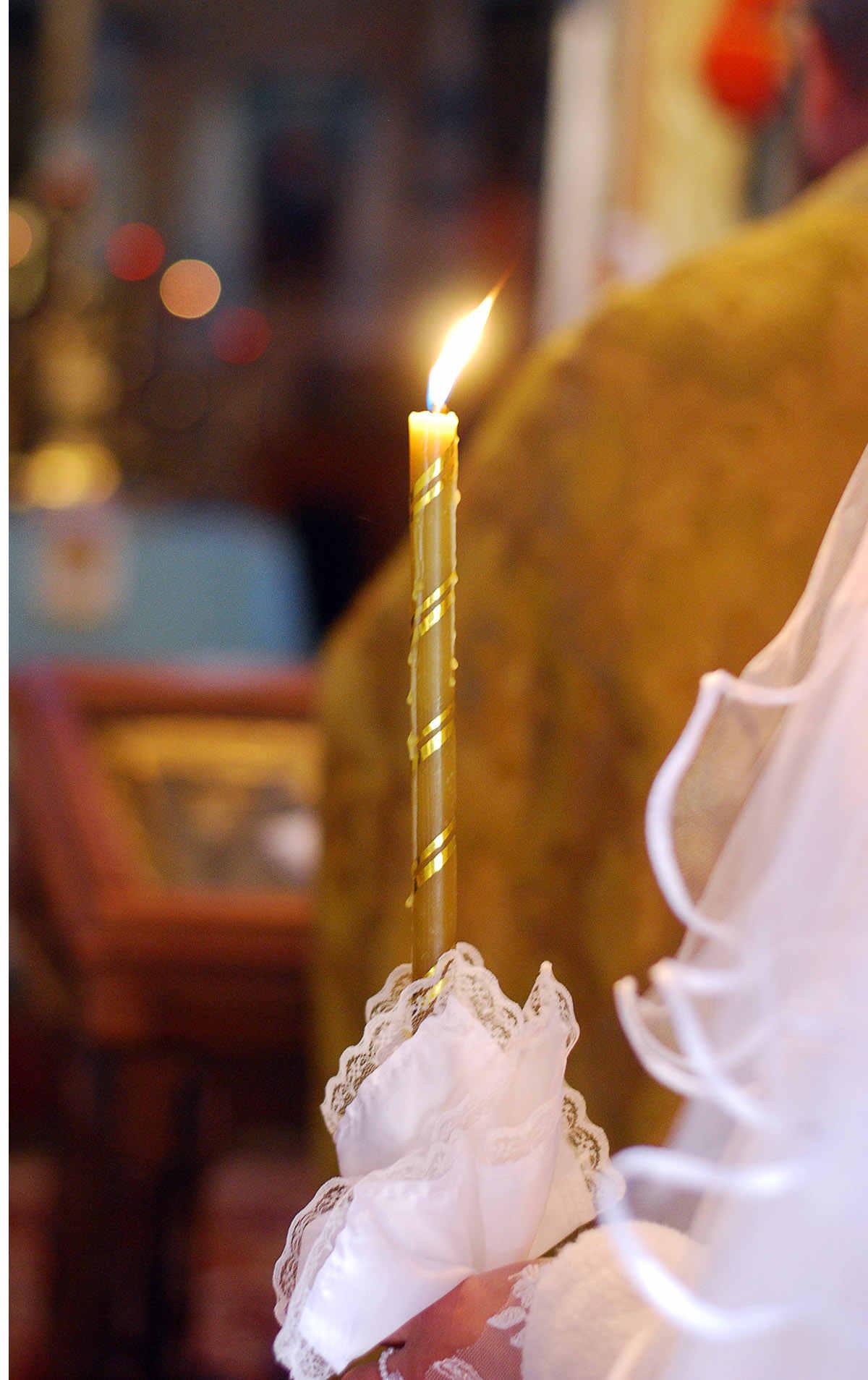 фото на венчание со свечой