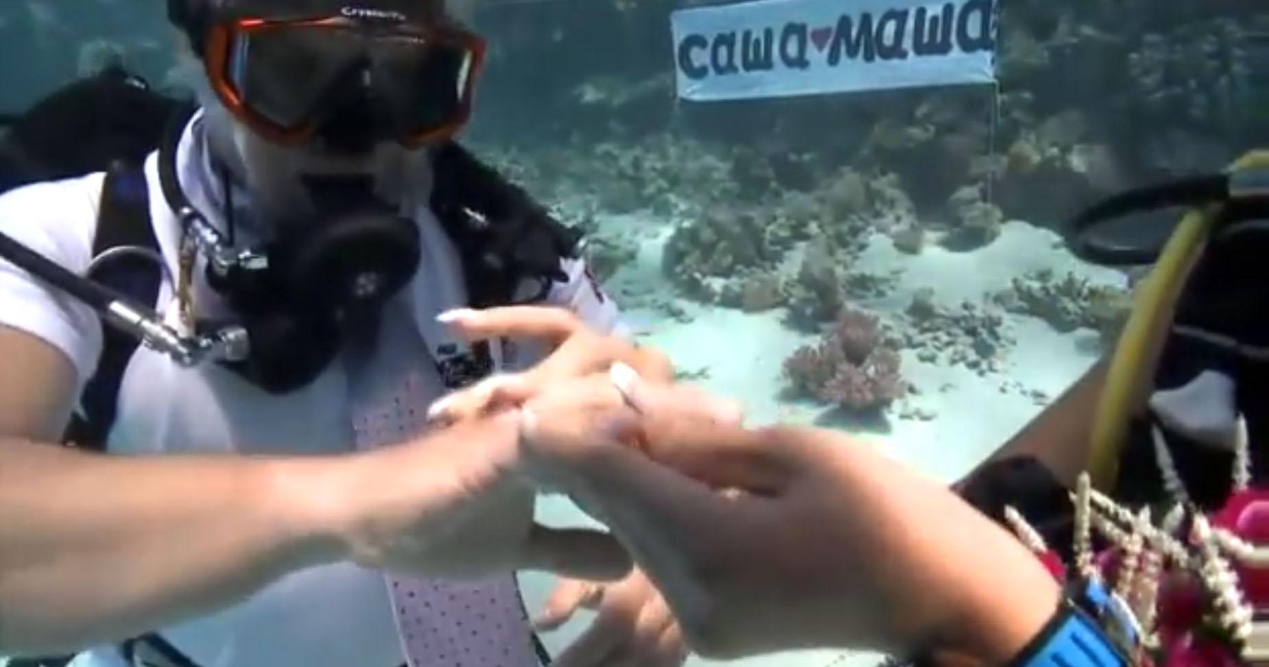 Саша и Маша - подводная свадьба