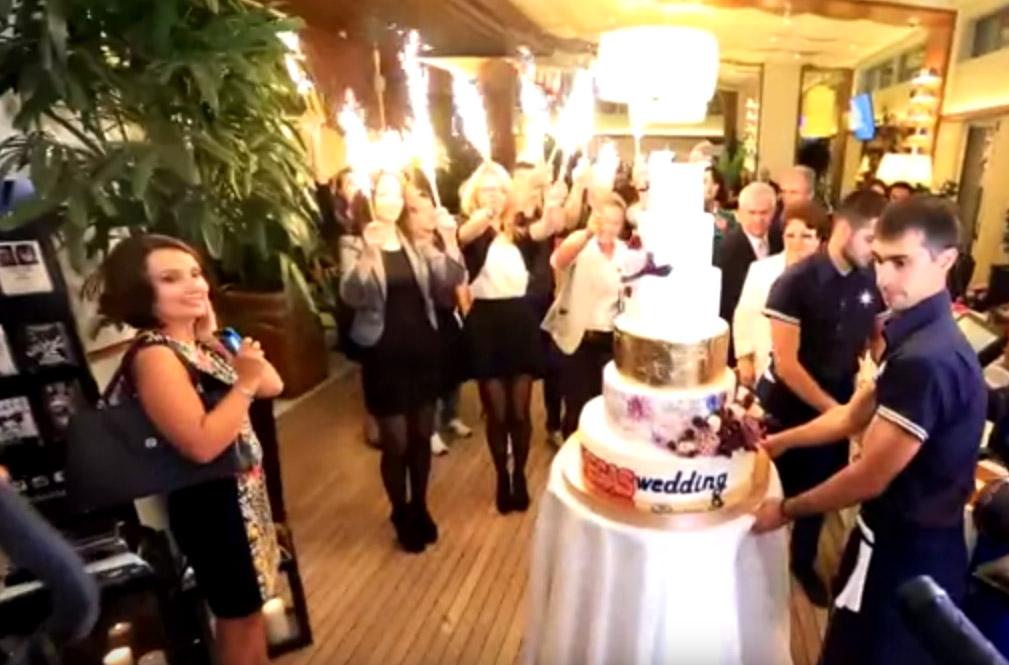 вынос торта на свадьбе Волосожар