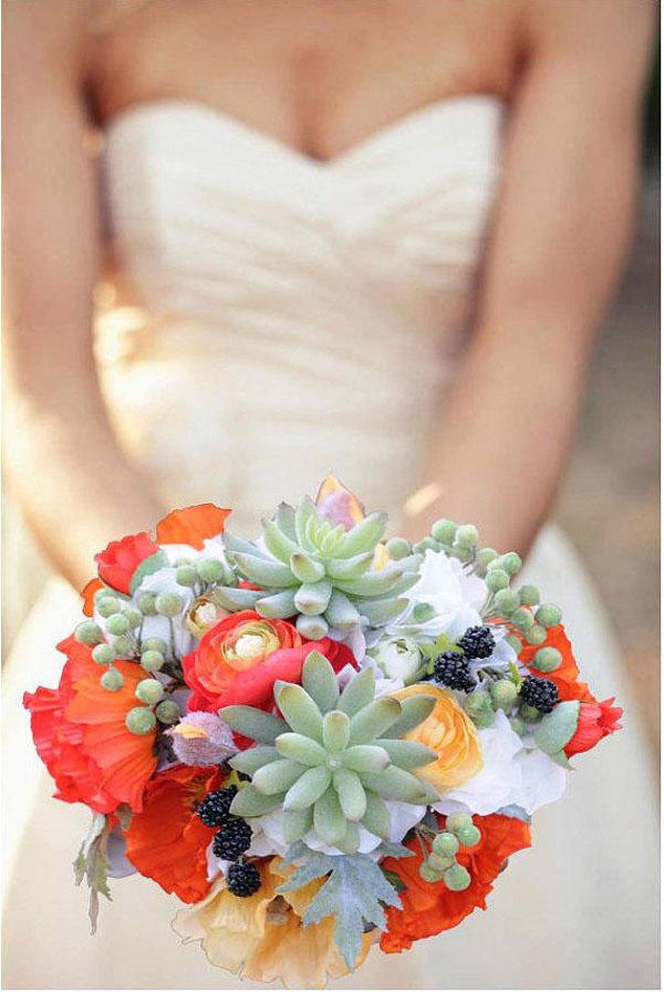 букет из фруктов и цветов для невесты