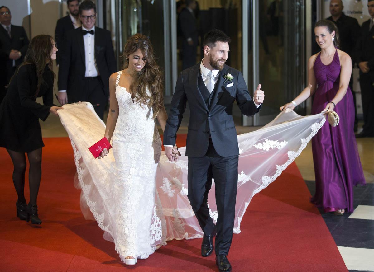 оригинальное свадебное платье на свадьбе Месси